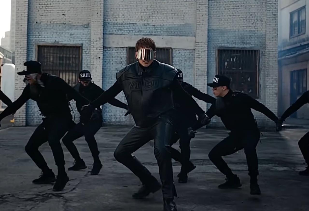 """Rain dances in his """"Gang"""" music video. (Genie Music)"""