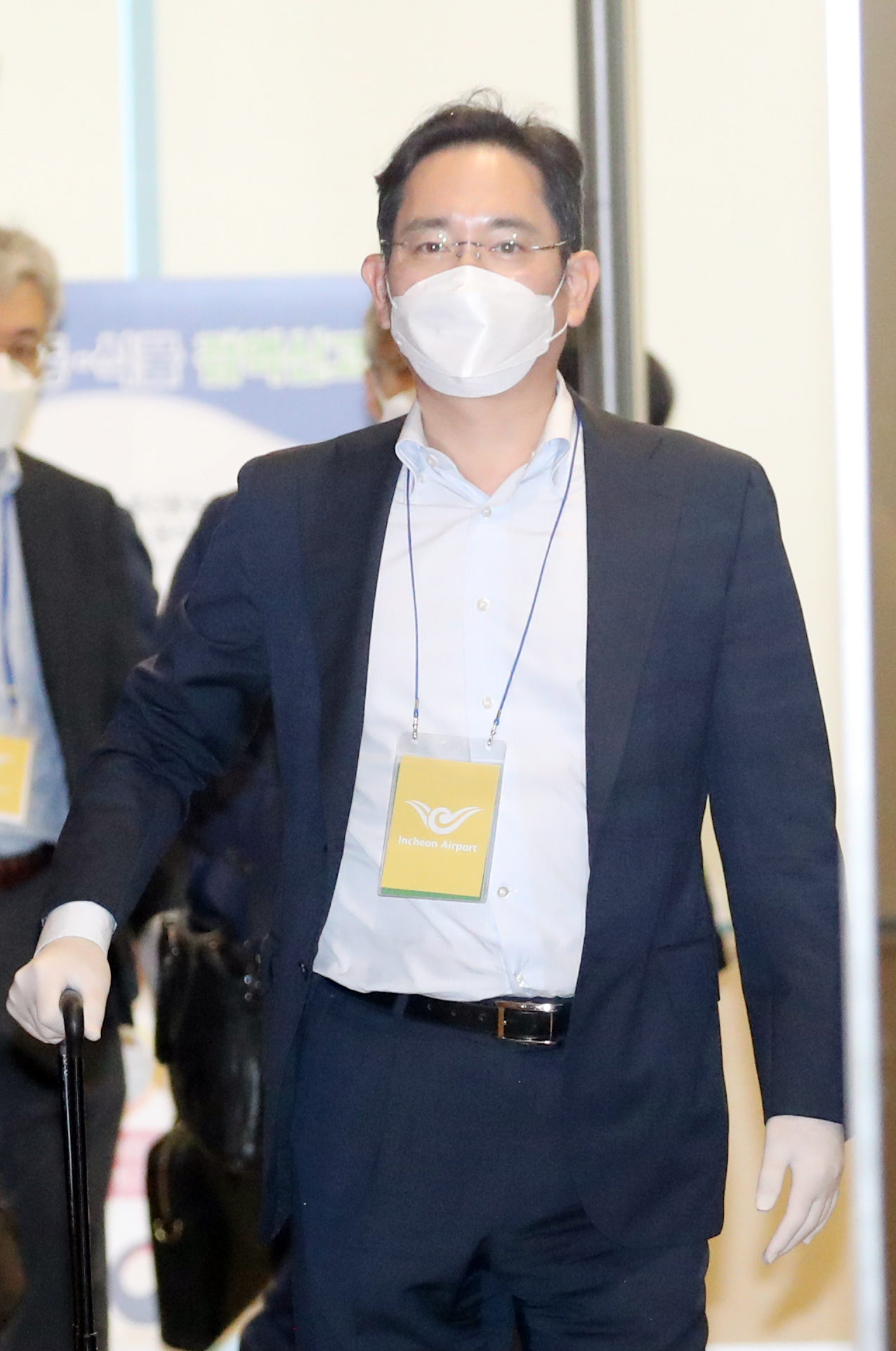 Samsung Vice Chairman Lee Jae-yong arrives at the Seoul Gimpo Business Aviation Center on Tuesday. (Yonhap)