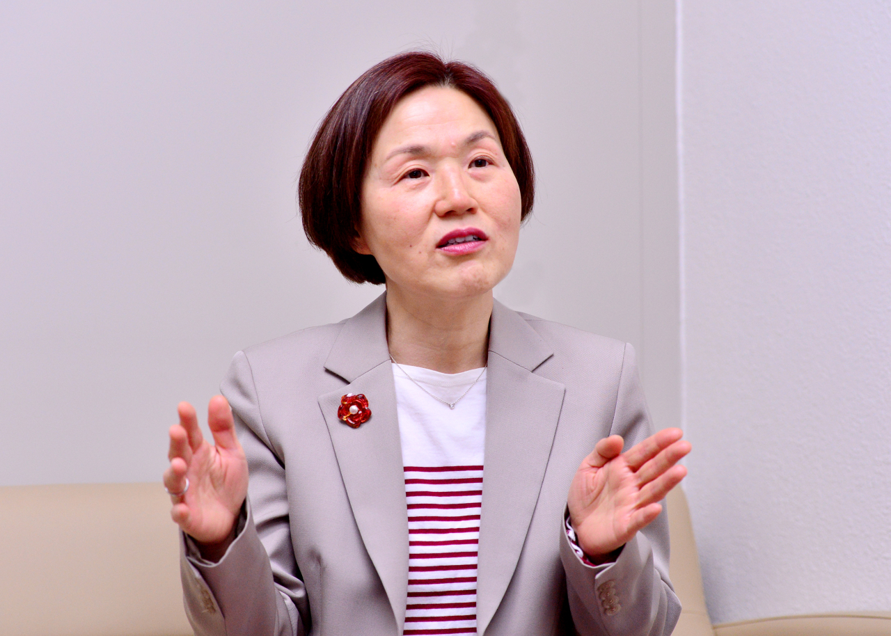Professor Kang Seon-jou at the Korea National Diplomatic Academy speaks during an interview with The Korea Herald at her office in Seoul on Friday. (Park Hyun-koo/The Korea Herald)