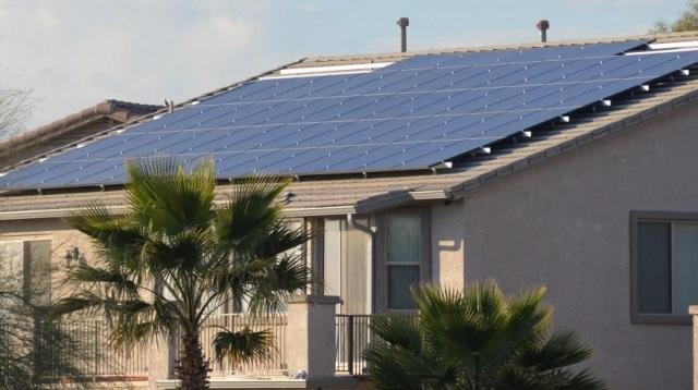 Hanwha Q Cells' residential solar power module (Hanwha Q Cells)