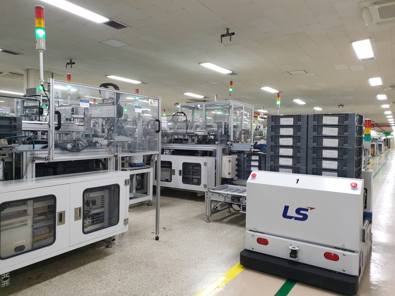 An automated guided vehicle is carrying finished electronic contactors at LS Electric's smart factory in Cheongju. (LS Group)