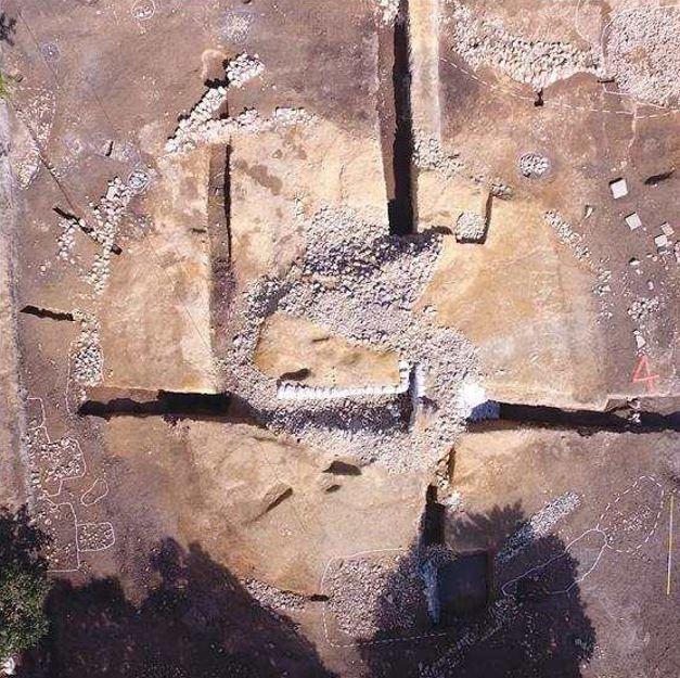 Tomb No. 120 in Hwangnam-dong, Gyeongju, North Gyeongsang Province (CHA)