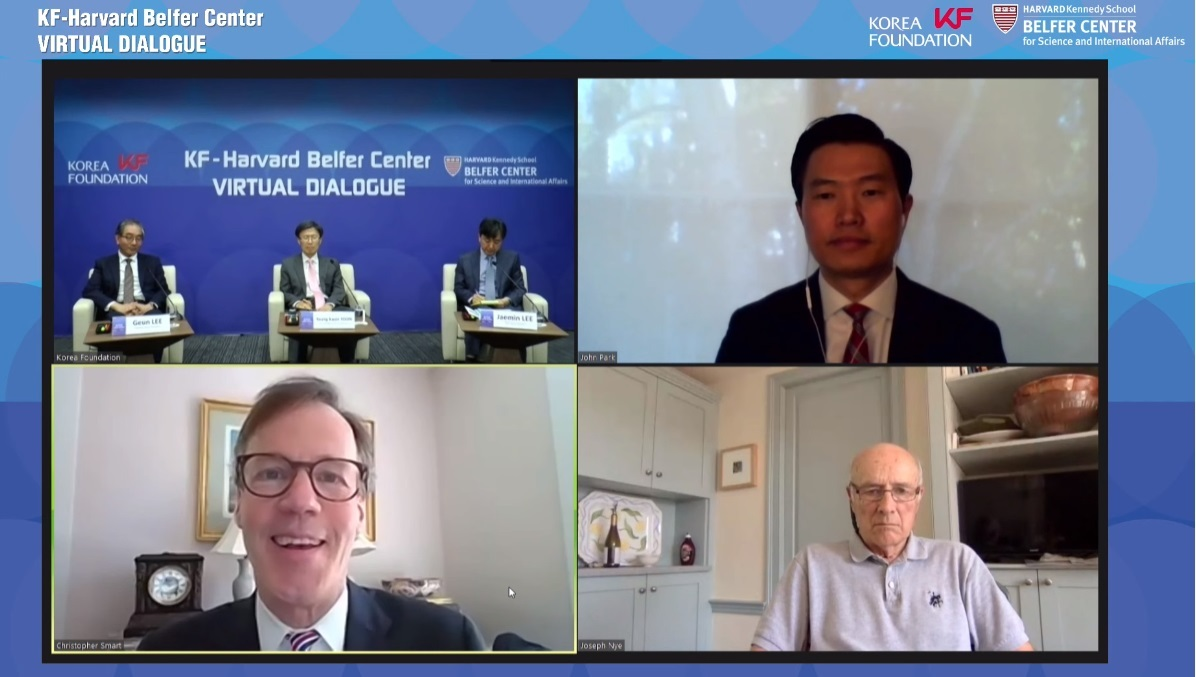 Former Foreign Minister Yoon Young-kwan and Joseph Nye, professor emeritus at Harvard Kennedy School, discuss COVID-19 challenges at a forum hosted by the Korean Foundation and Harvard Kennedy School's Belfer Center and broadcast live on YouTube on Wednesday. (The Korea Foundation).