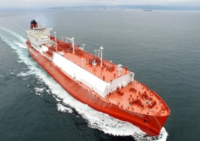 Hyundai Heavy Industries' LNG ship (HHI)