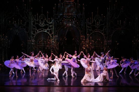 "Universal Ballet presents ""The Sleeping Beauty"" (Kim Kyoung-jin)"