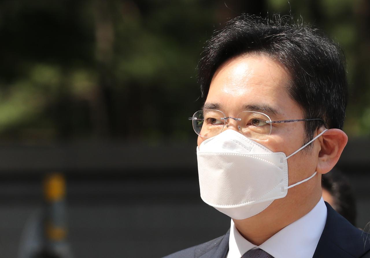 Court rejects Lee Jae-yong arrest warrant request — Samsung