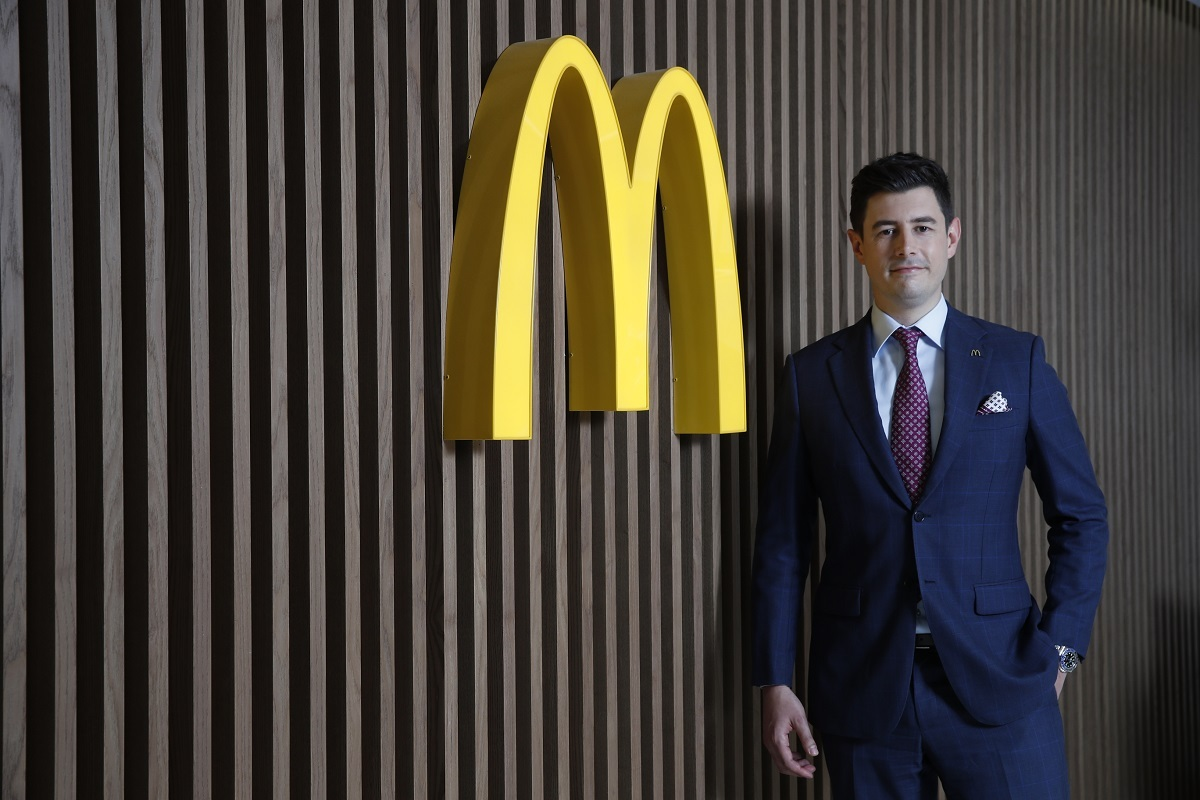 McDonald's Korea Managing Director Antoni Martinez delivers his first public message in a video released on the official YouTube channel on Wednesday. (McDonald's Korea)