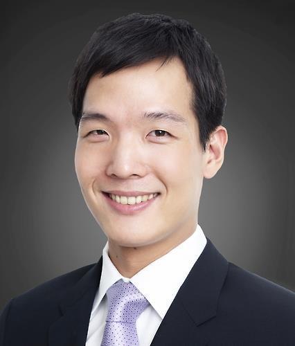 Hanwha Life Insurance Chief Digital Officer Kim Dong-won (Hanwha Life)