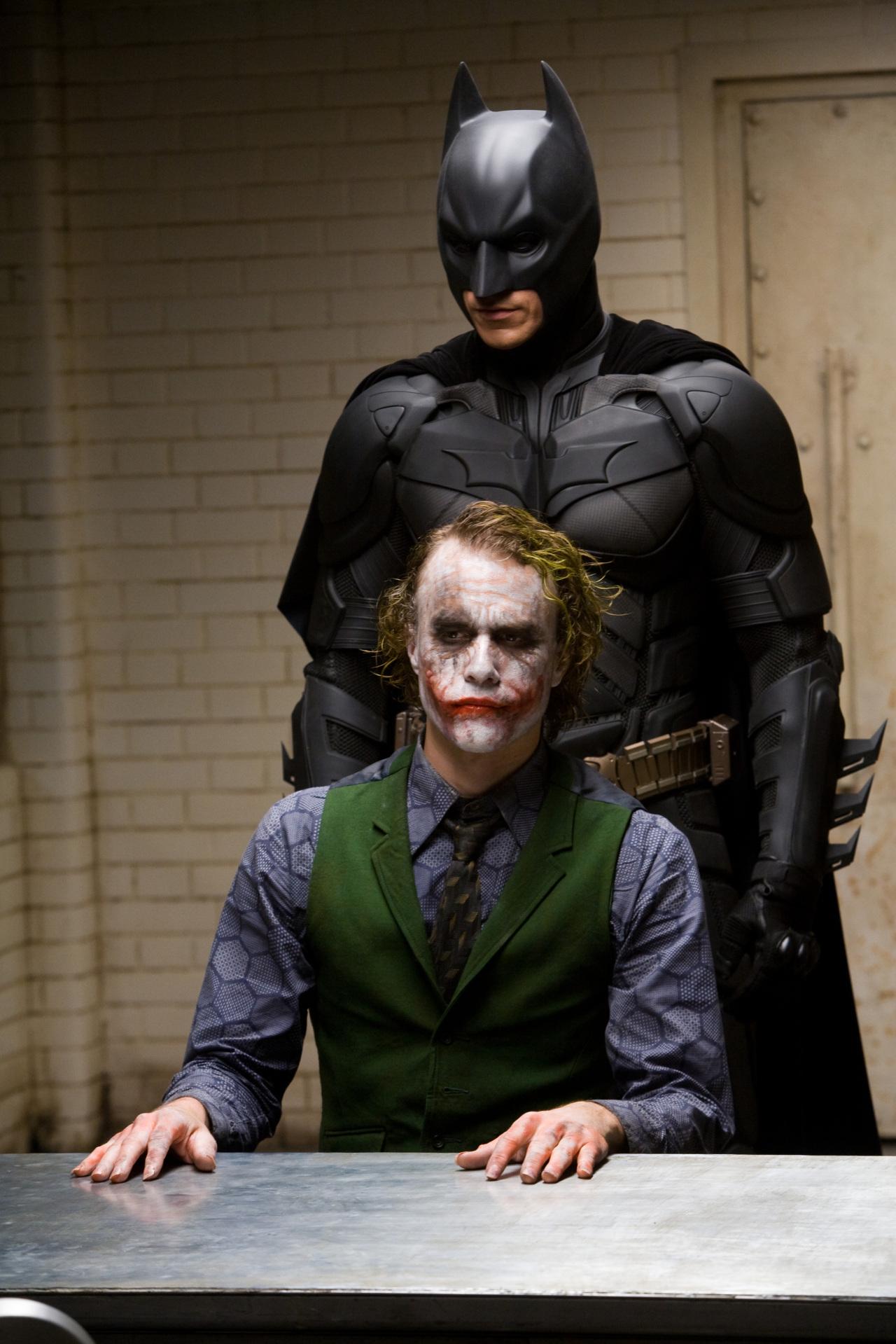 "A scene from ""The Dark Knight"" (Warner Bros. Korea)"
