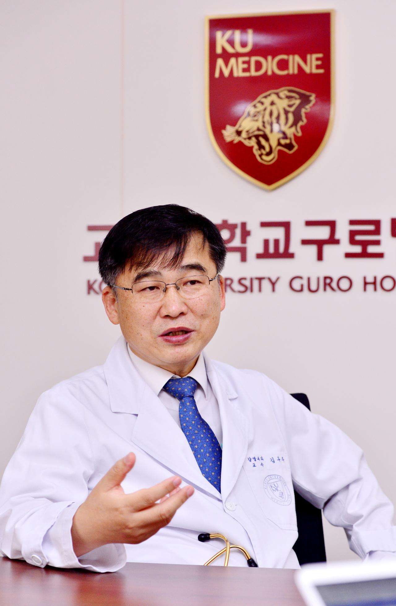 Korea`s leading infectious disease expert Dr. Kim Woo-joo speaks to The Korea Herald at Korea University Hospital in Guro, southern Seoul. (Park Hyun-koo/The Korea Herald)