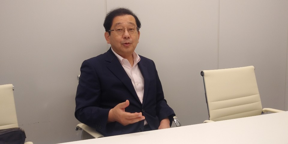 Yuji Hosaka, a political science professor at Sejong University, speaks Friday during an interview with The Korea Herald. (Ko Jun-tae/The Korea Herald)