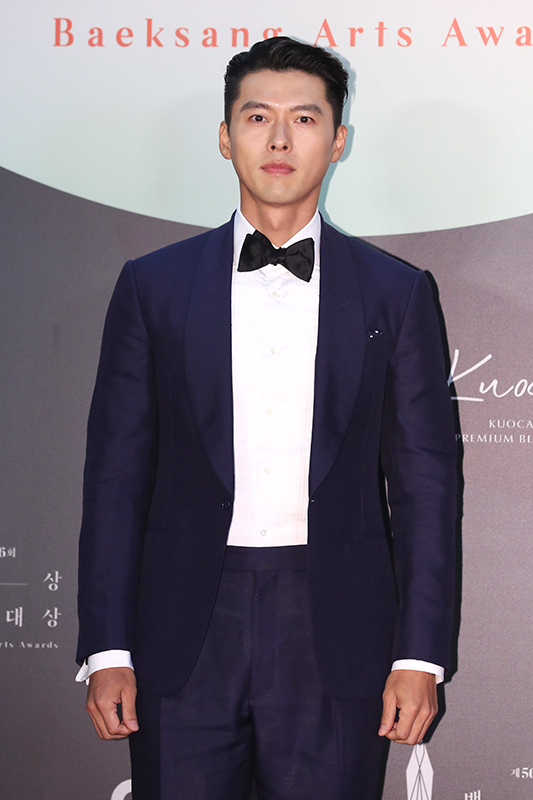 Actor Hyun Bin poses for picture at the 56th Baeksang Arts Awards ceremony on June 5. (Baeksang Arts Awards office)