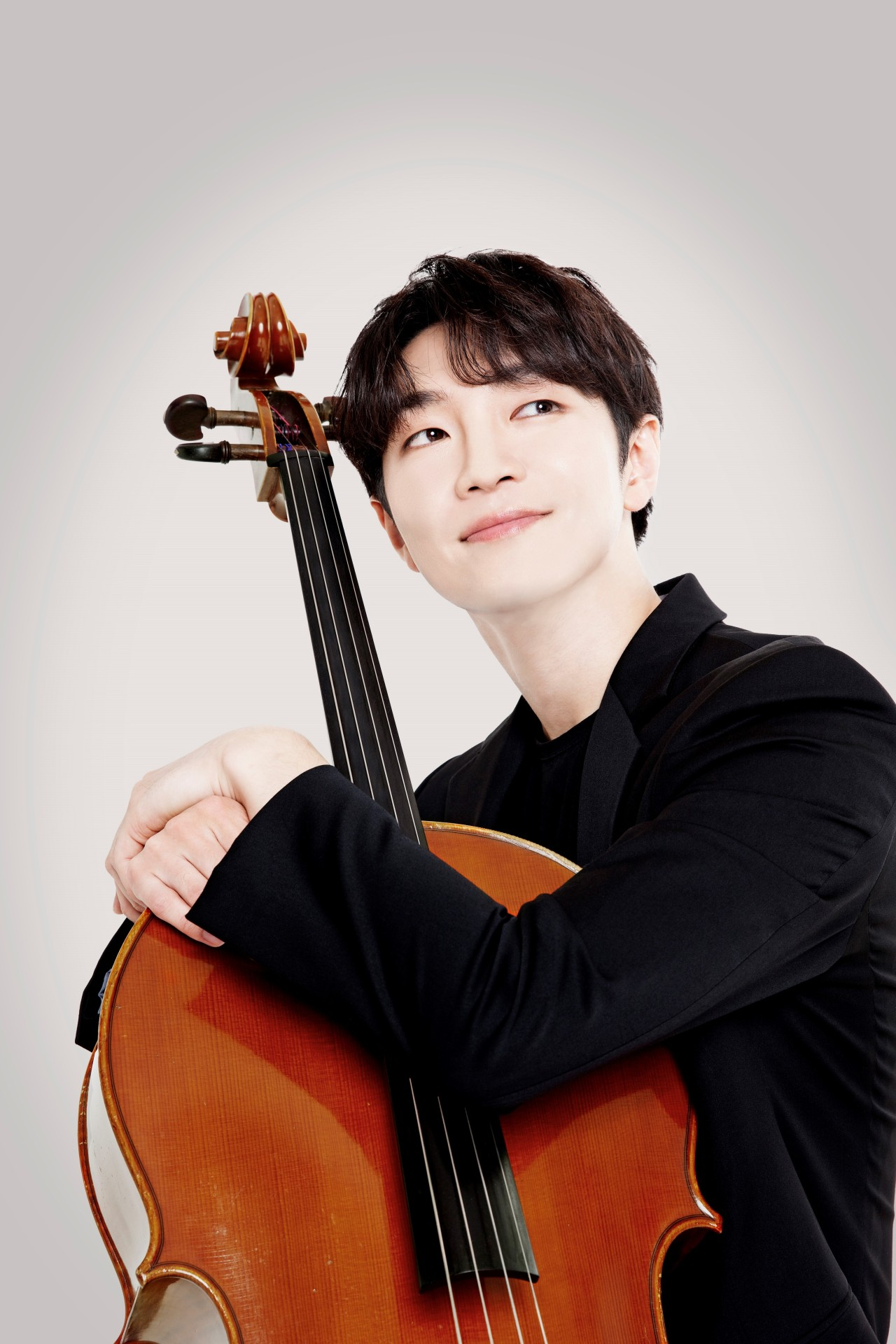 Cellist Hong Jin-ho (Credia)