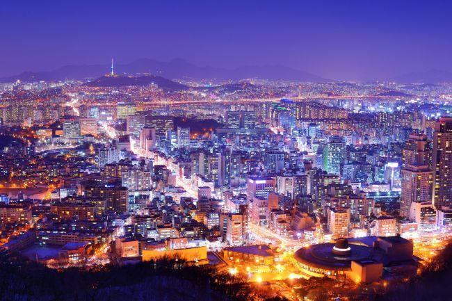 An aerial nighttime view of Seoul (Herald DB)