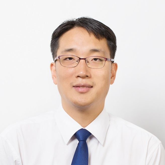 Ulsan National Institute of Science and Technology's professor Lee Jun-hee (Samsung Electronics)
