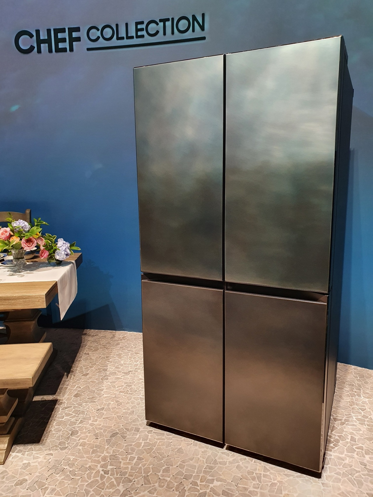 Samsung Electronics' New Chef Collection refrigerator model Mare Blue (Kim Byung-wook/The Korea Herald)