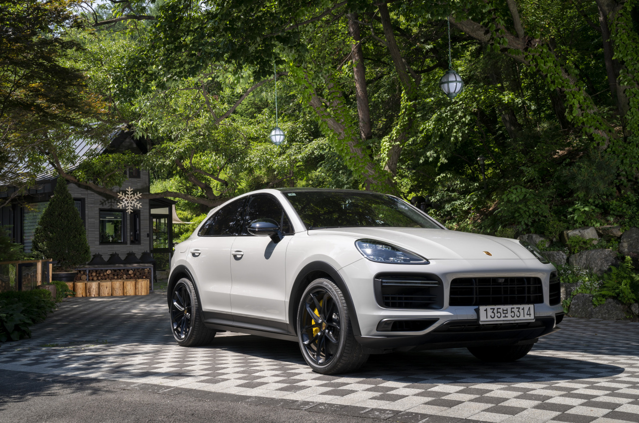 Porche's Cayenne Coupe (Porsche Korea)