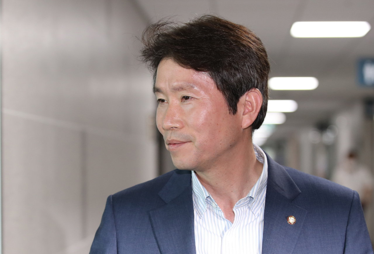New Unification Minister Lee In-young (Yonhap)