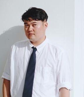 Author Kim Bong-gon (Munhak Dongne)