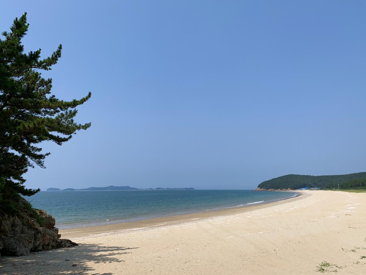 Wansando Beach (Im Eun-byel / The Korea Herald)