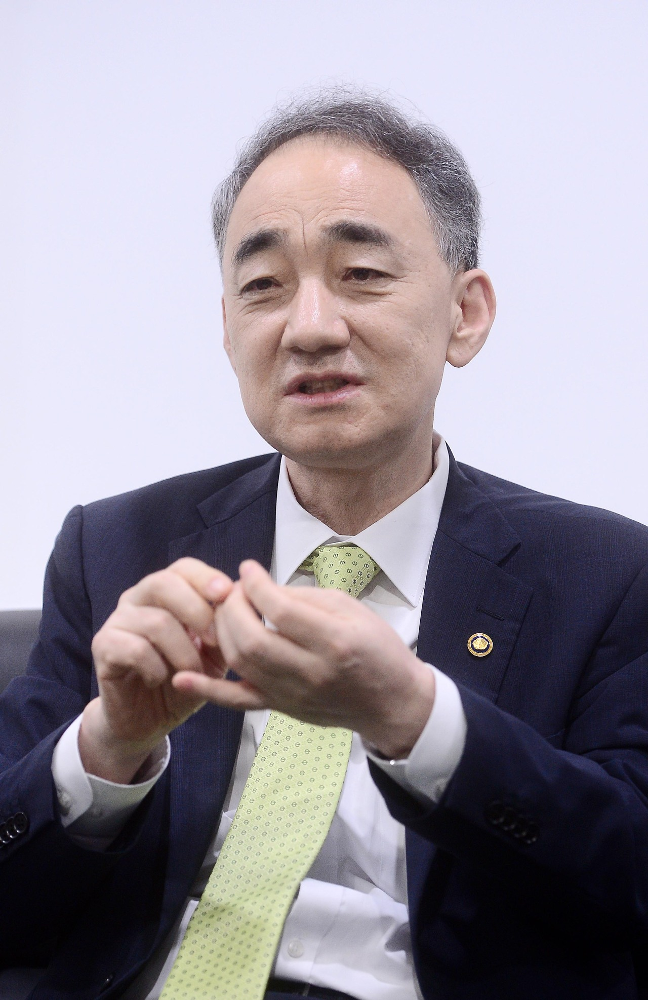 Wang Jung-hong, chief of the Defense Acquisition Program Administration, speaks in an interview with The Korea Herald at his office in Gwacheon, south of Seoul.(By Lee Sang-sub/The Korea Herald)
