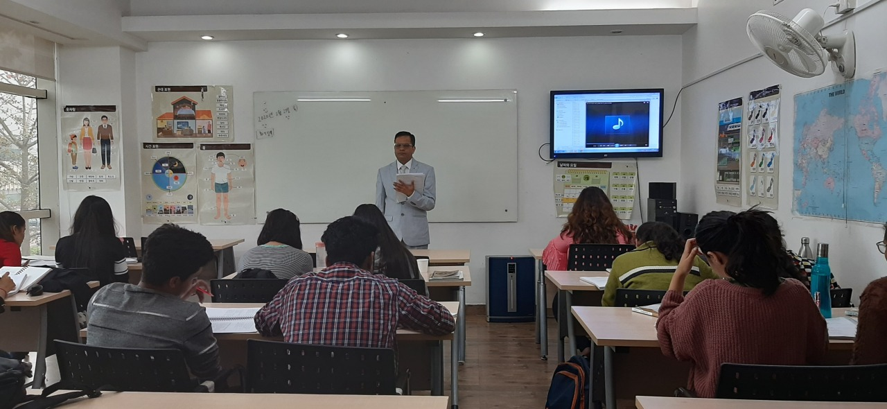 Indian students take a Korean class at the King Sejong Institute in New Delhi (Ministry of Culture, Sports and Tourism)