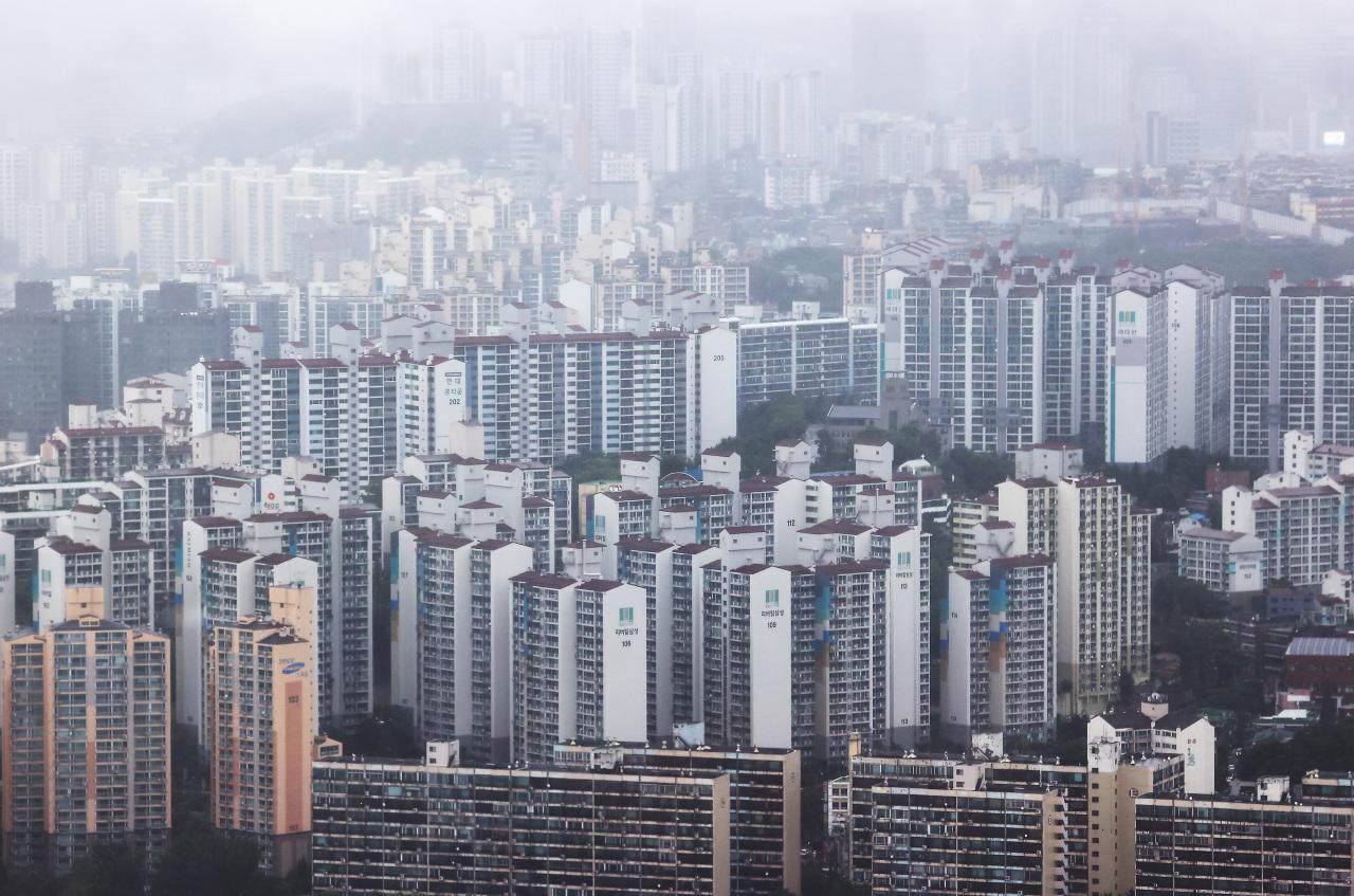 An aerial view of apartment complexes in Yongsan-gu, Seoul. (Yonhap)