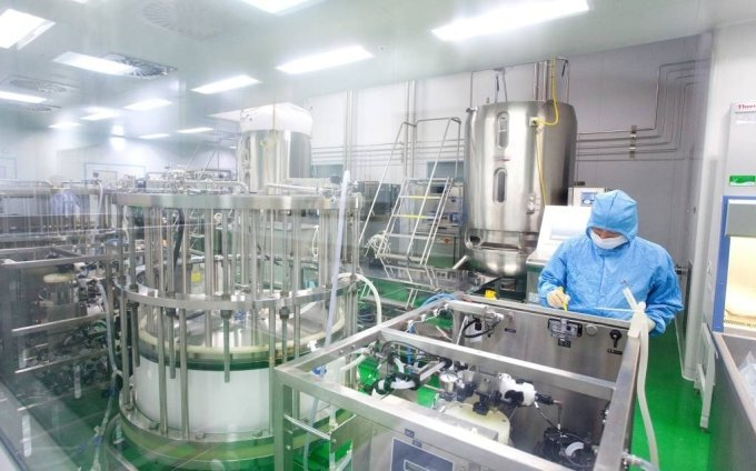 An SK Bioscience researcher works on cell-derived flu vaccine (SK Bioscience)