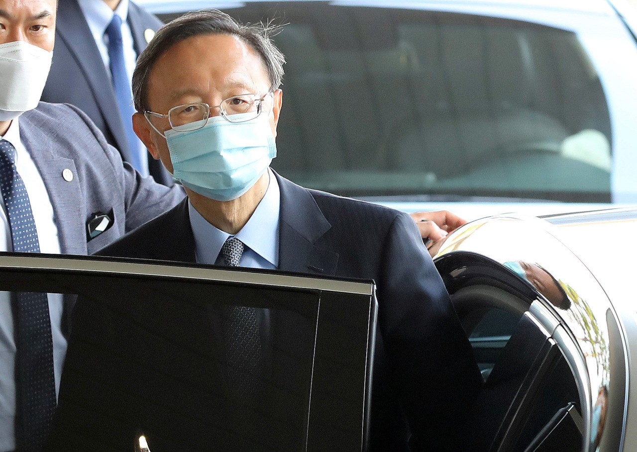 Yang Jiechi, a member of China`s Politburo and director of the Chinese Communist Party`s Office of Foreign Affairs, arrives at Gimhae International Airport of Busan on Friday. (Yonhap)