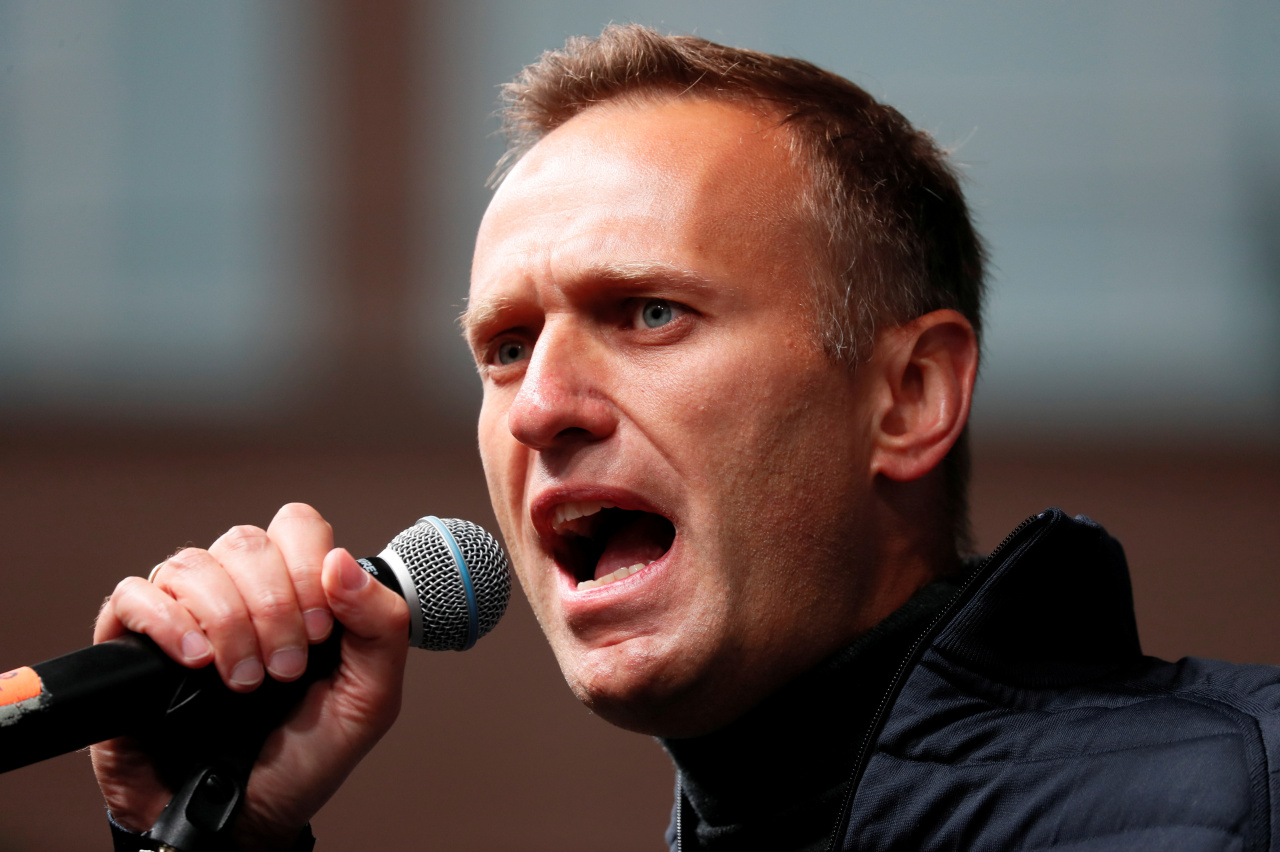 Russian opposition leader Alexei Navalny delivers a speech during a rally to demand the release of jailed protesters, who were detained during opposition demonstrations for fair elections, in Moscow, Russia September 29, 2019. (Reuters)
