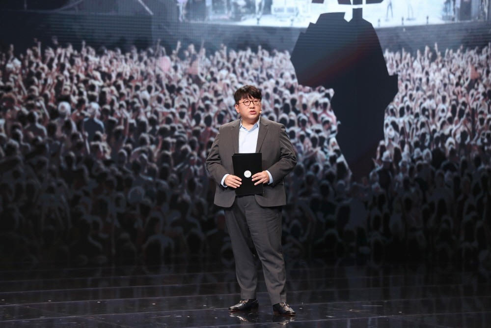 Big Hit Entertainment CEO Bang Si-hyuk will likely become one of the wealthiest entrepreneurs in South Korea. (Yonhap)