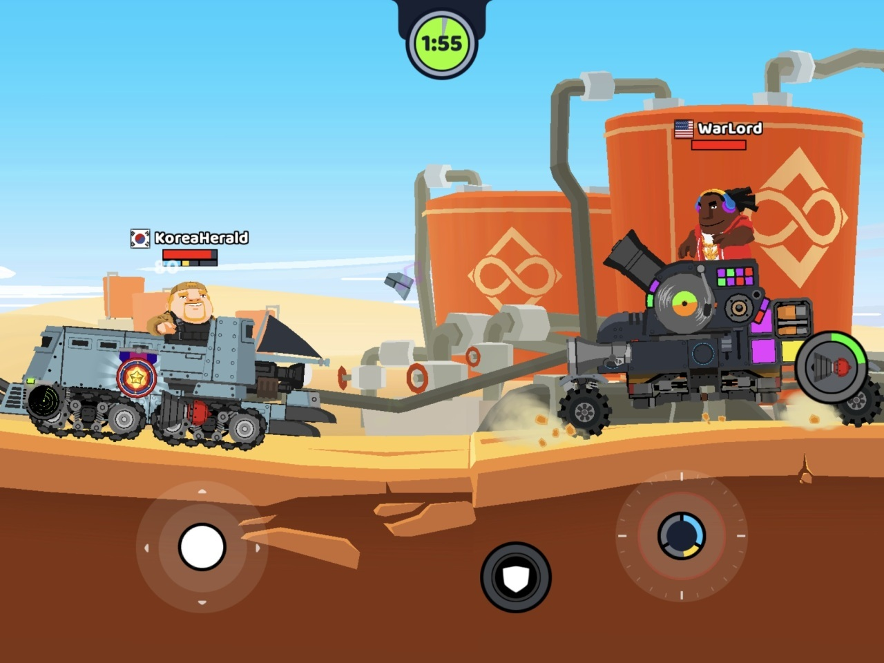 A one-on-one battle in Super Tank Blitz (Super Tank Blitz screen capture)