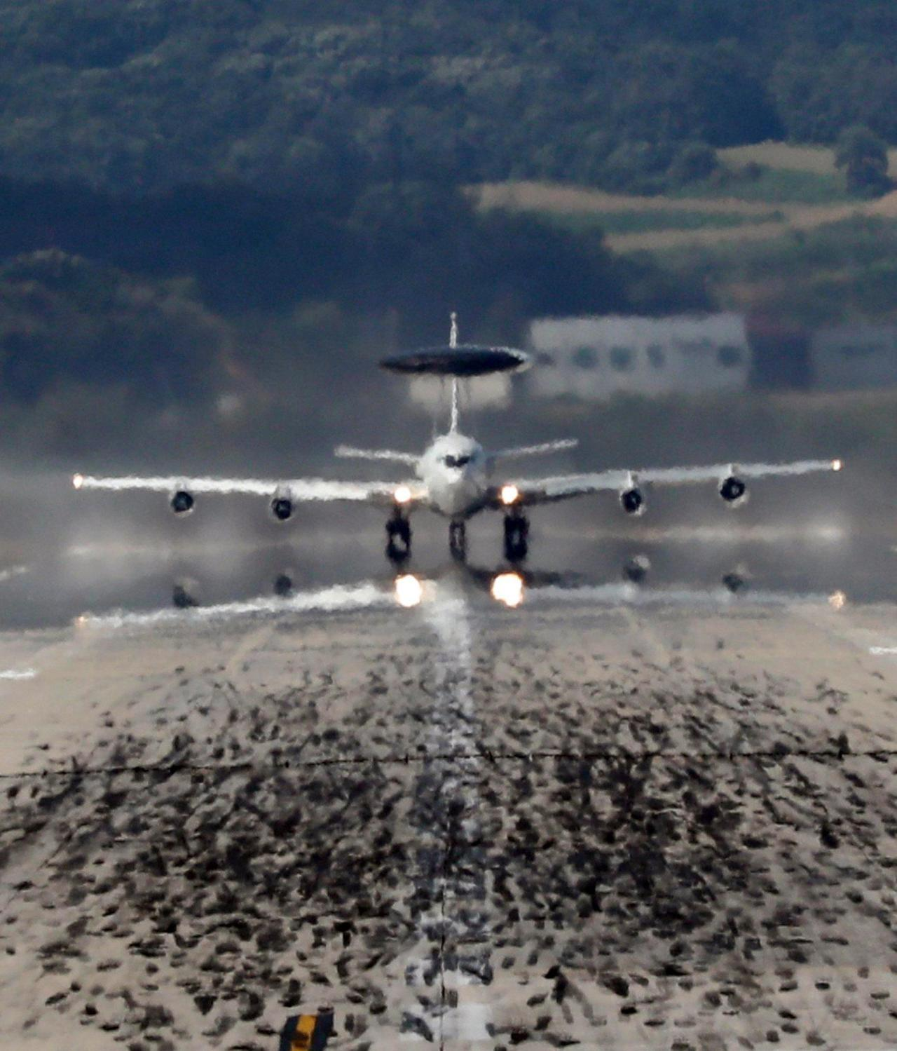E-3 Sentry Airborne Warning and Control System aircraft (Yonhap)