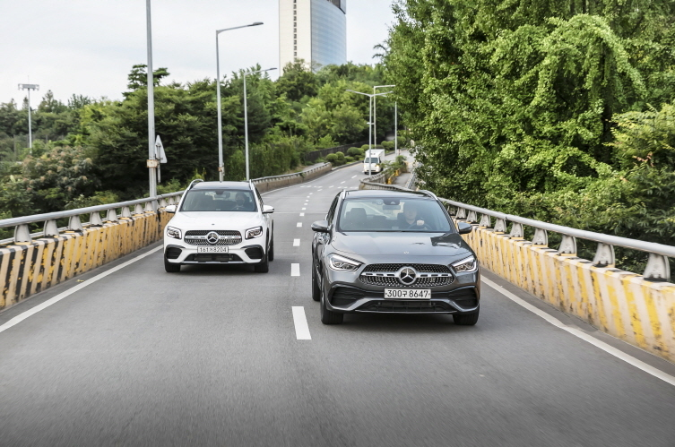 Mercedes-Benz GLB and the new Mercedes-Benz GLA (Mercedes-Benz Korea)