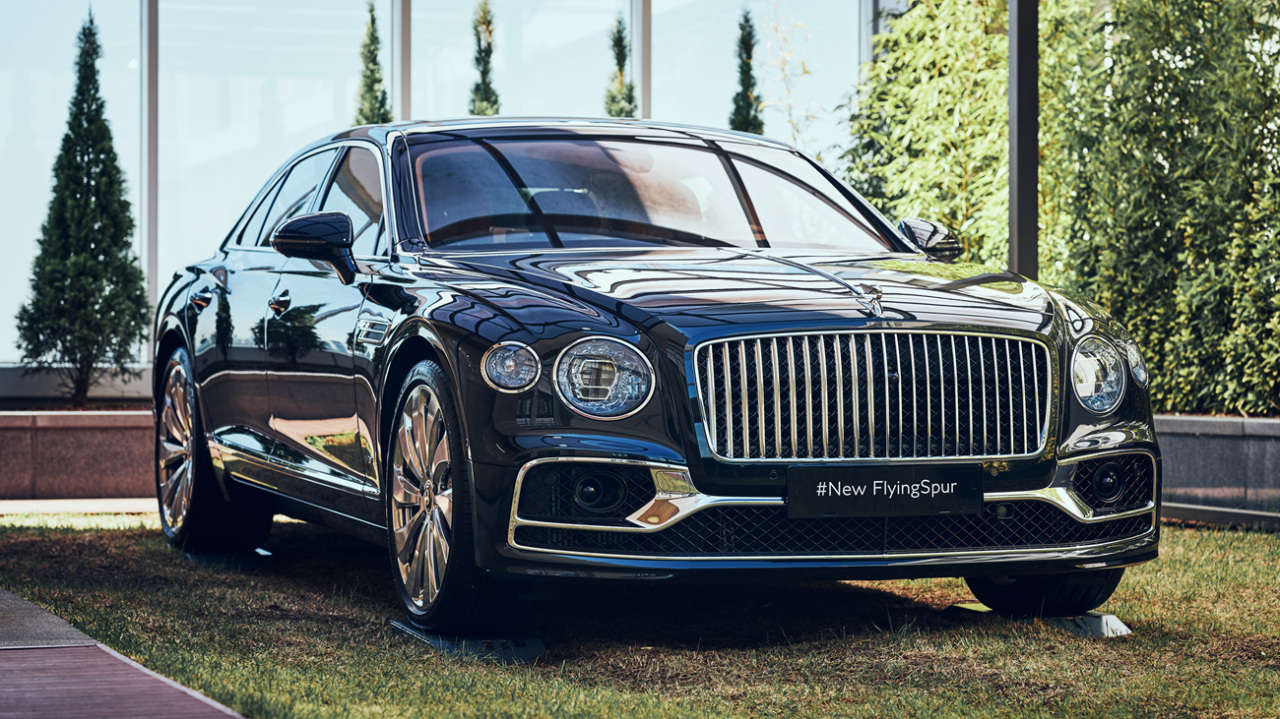 Bentley Motors Flying Spur V8 (Bentley Motors Korea)