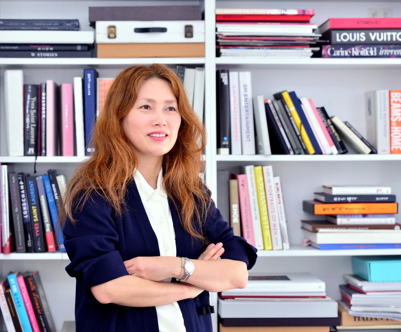 Jeon Mi-kyung, director of Seoul Fashion Week, poses on Oct. 8 at her office in Gangnam-gu, southern Seoul. (Park Hyun-koo/The Korea Herald)