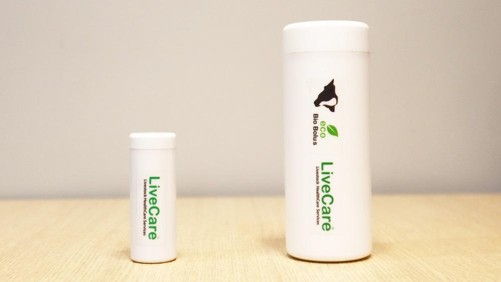 Calf LiveCare biocapsule (left), cow LiveCare biocapsule (uLikeKorea)