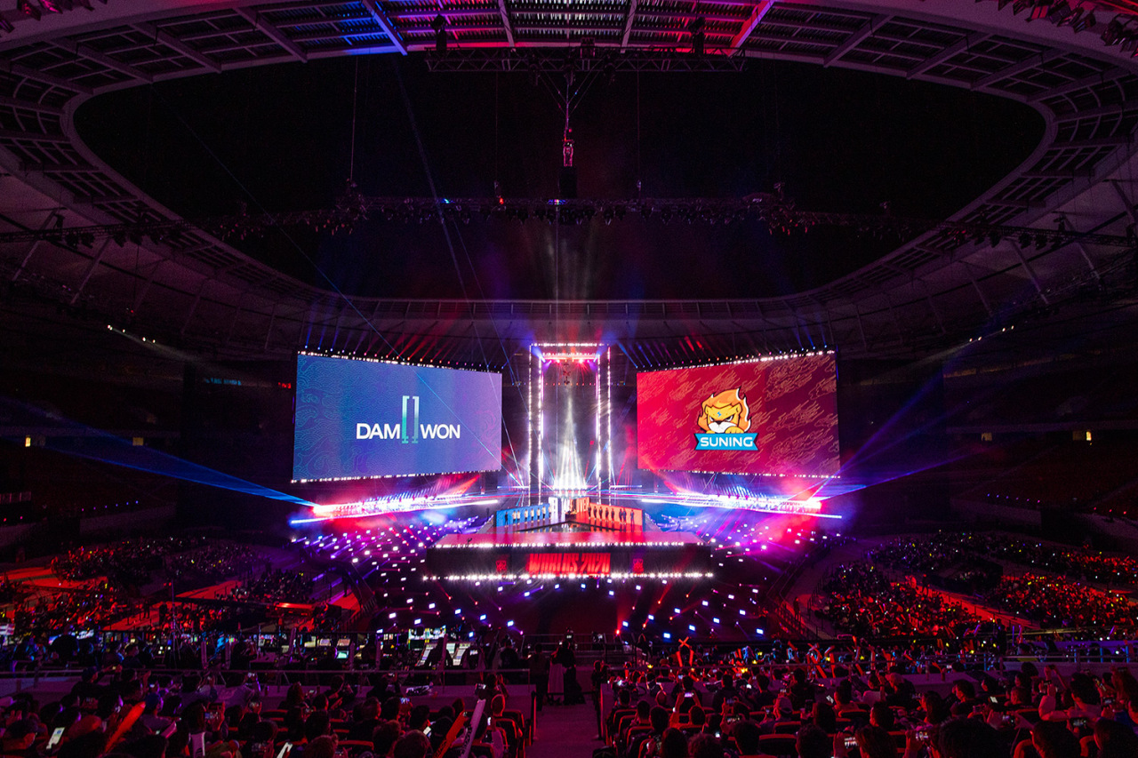 Damwon Gaming and Suning face off in the World Championship Finals. (Riot Games)