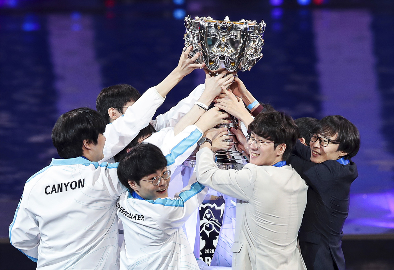 LCK's Damwon Gaming celebrates winning the 2020 World Championships on Saturday. (Riot Games)