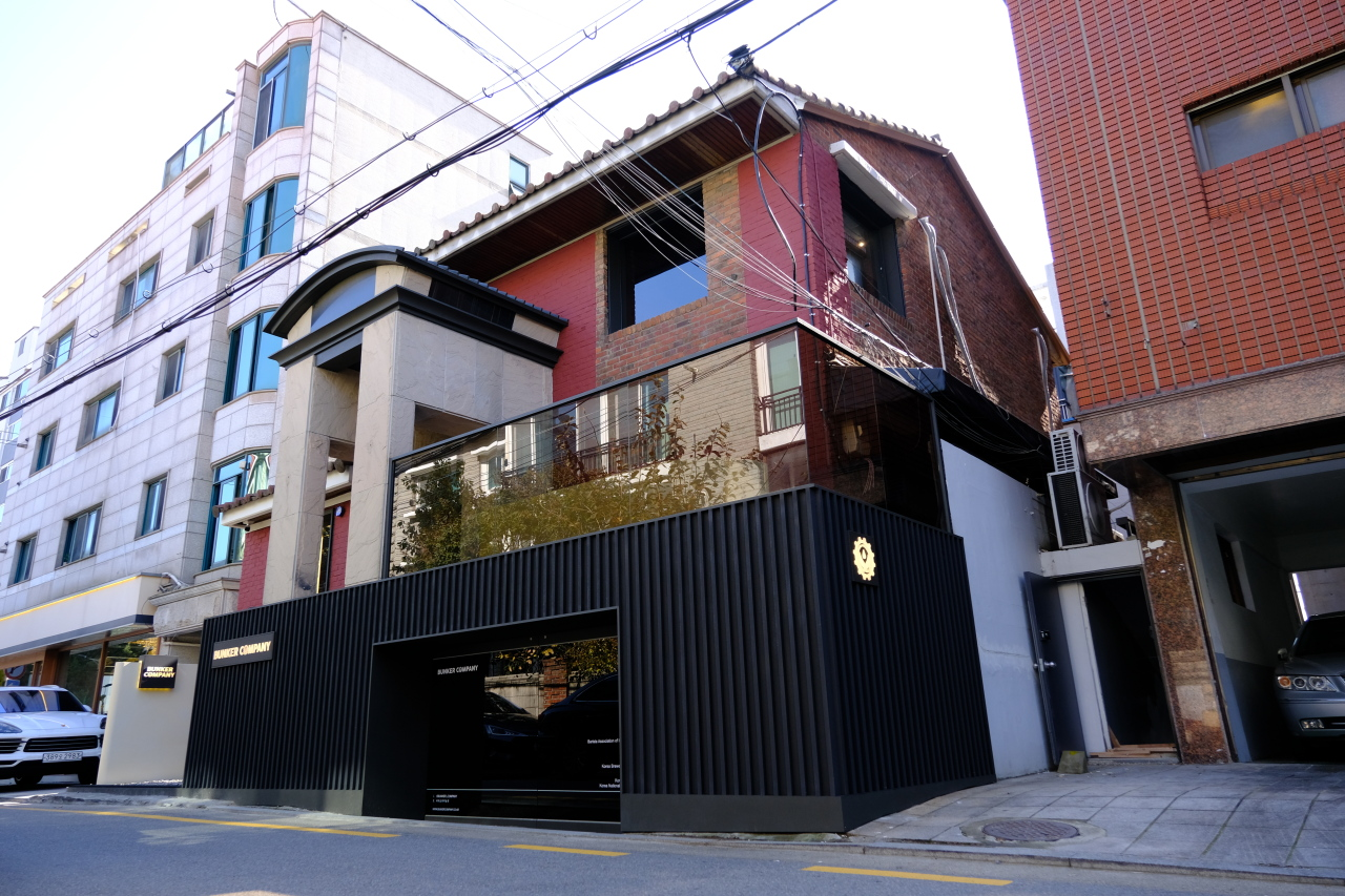 Bunker Company opens its first Seoul location on Oct. 17 in Sinsa-dong. (Photo credit: Bunker Company)
