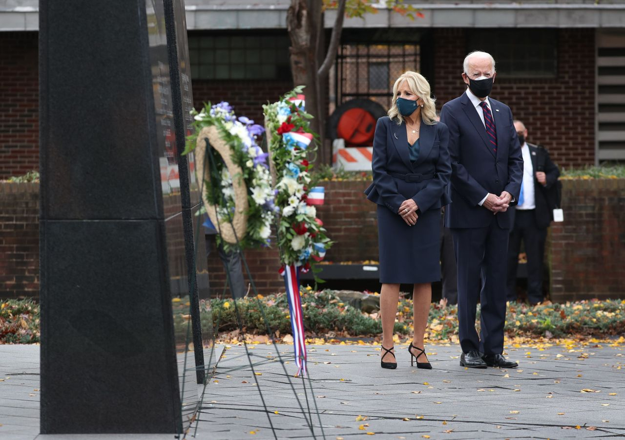 President-elect Joe Biden and Dr. Jill Biden honor military veterans with a stop at the Philadelphia Korean War Memorial at Penn's Landing on Veterans Day on Tuesday in Philadelphia, Pennsylvania. Mr. Biden continues the process of the presidential transition as President Donald Trump continues to contest the election. (AFP-Yonhap)