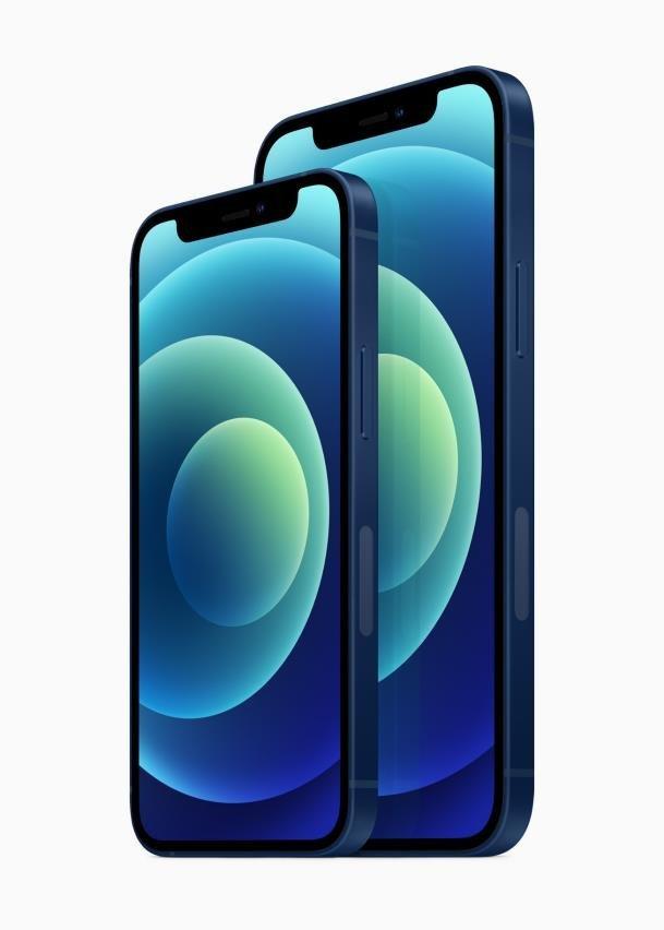 Apple Inc.'s iPhone 12 mini (L) and iPhone 12 (R) (Apple Inc.)