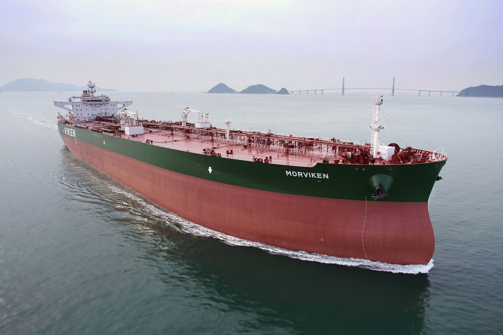 This photo, provided by Samsung Heavy Industries Co. on Nov. 17, shows a S-Max oil tanker built by the shipbuilder. (Samsung Heavy Industries Co.)