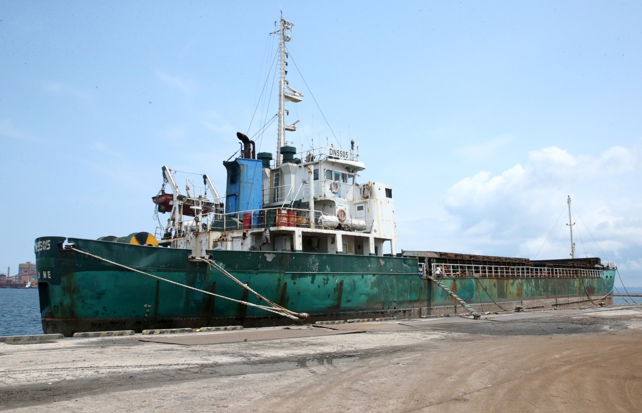 The file photo, taken on July 16, 2019, shows the Togo-registered cargo ship, DN5505, moored at a quay in Pohang, about 370 kilometers southeast of Seoul, after being seized by South Korean authorities on suspicion of carrying 3,217 tons of North Korean coal from the Russian port of Nakhodka in violation of UN sanctions on North Korea. (Yonhap)