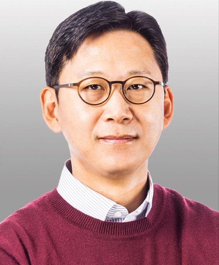 LG AI Research head Bae Kyung-hoon (LG)