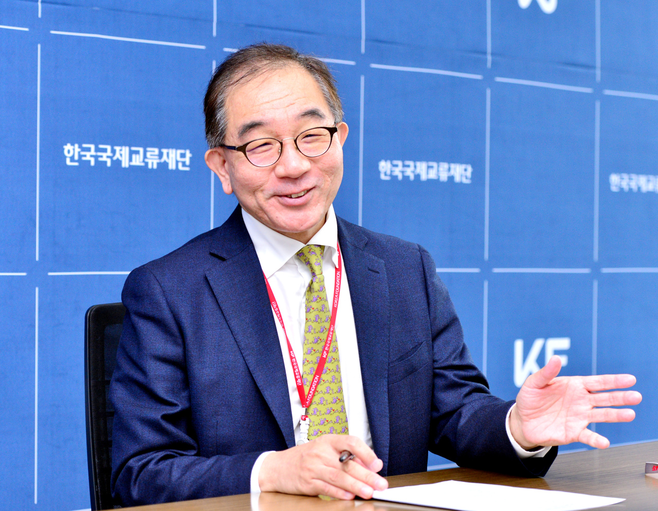 KF President Lee Geun speaks during an interview with The Korea Herald at his office in Euljiro, central Seoul on Dec. 2. (Park Hyun-koo / The Korea Herald)