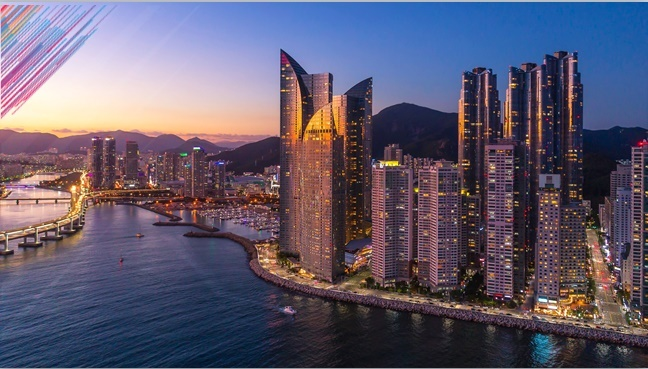Lofty skyscrapers in Busan stand out vividly in the magnificent scenery. (Busan City)