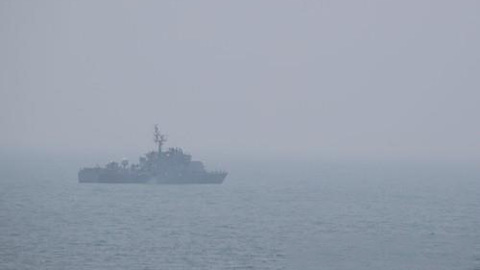 A patrol boat of the Navy moves in waters off Yeonpyeong Island in the Yellow Sea on June 20, 2020. (Yonhap)