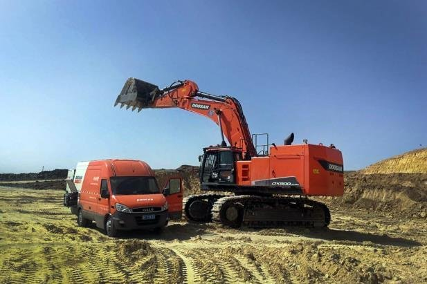 This photo, provided by Doosan Infracore Co., a construction equipment arm of South Korea's Doosan Group, shows the company's excavator. (Doosan Infracore)