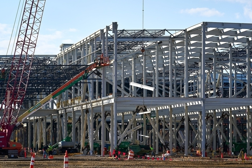 Ultium Cells' electric vehicle battery plant under construction in Lordstown, Ohio (General Motors)